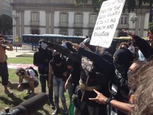 De 'gevreesde' Black Block demonstranten zijn erg jong en hebben geen duidelijk politiek programma.